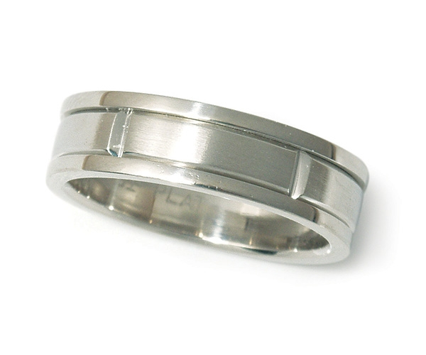 Men's Band in Platinum
